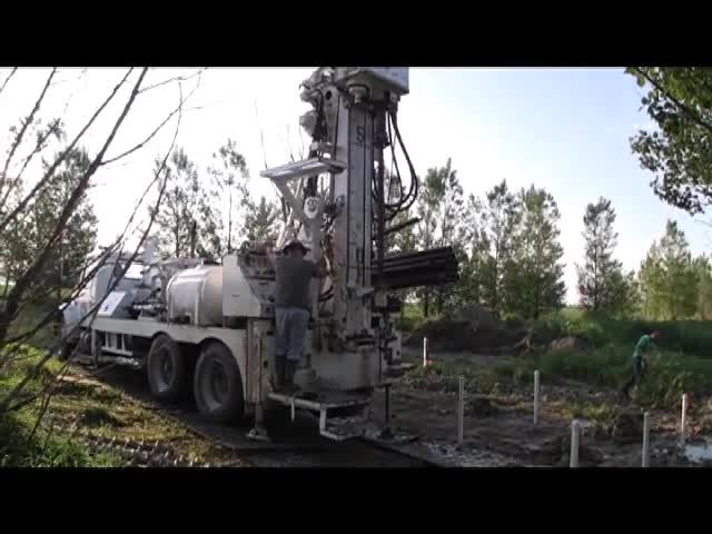 Installing a Groundwater Monitoring Well - NRES 319